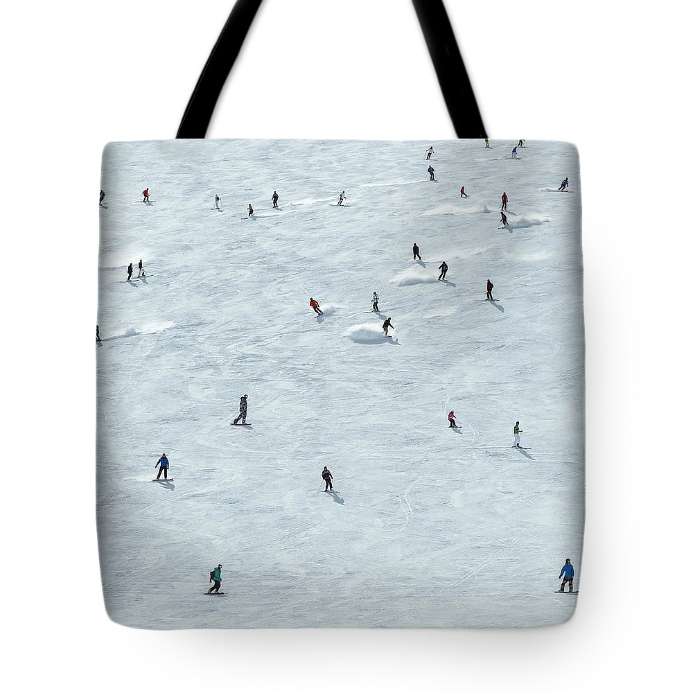 Skiing Tote Bag featuring the photograph Skiing In Mayrhofen Austria by Mike Harrington