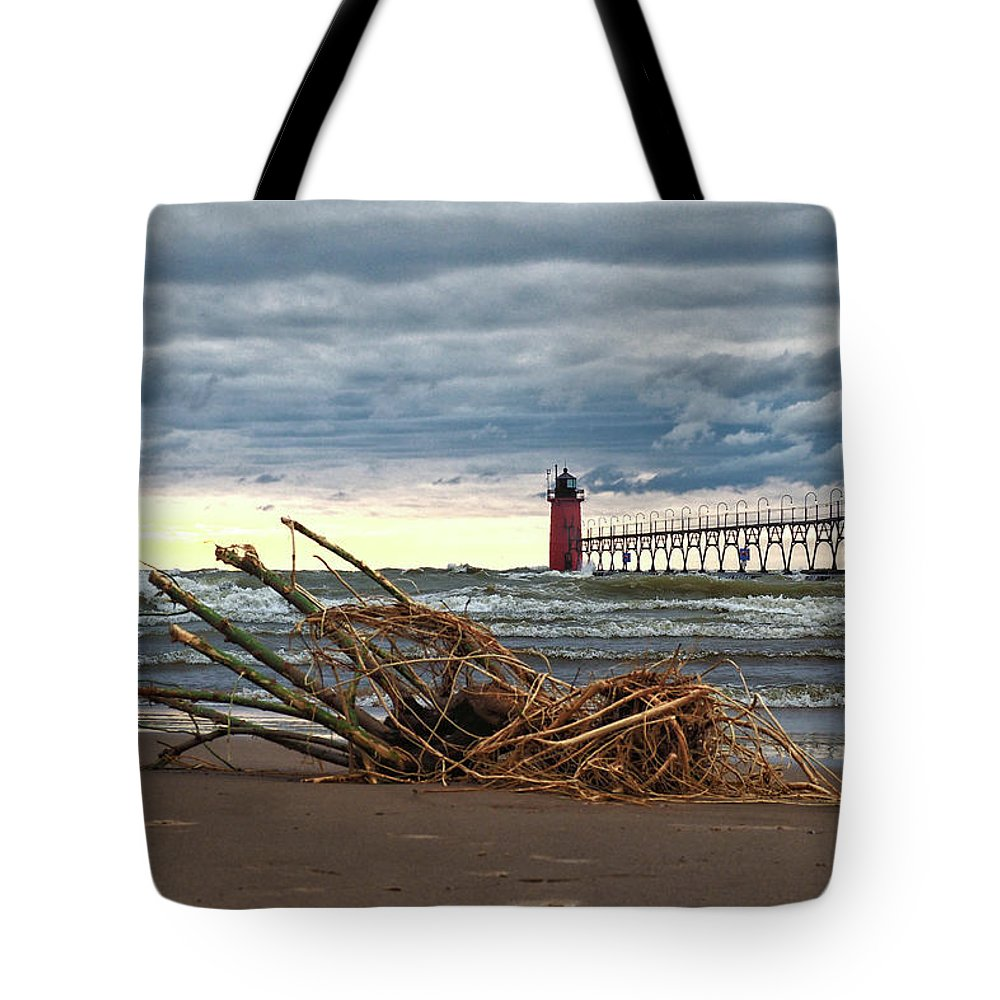 Lighthouse Tote Bag featuring the photograph South Haven Light - A Pierhead Lighthouse by Bill Swartwout Photography