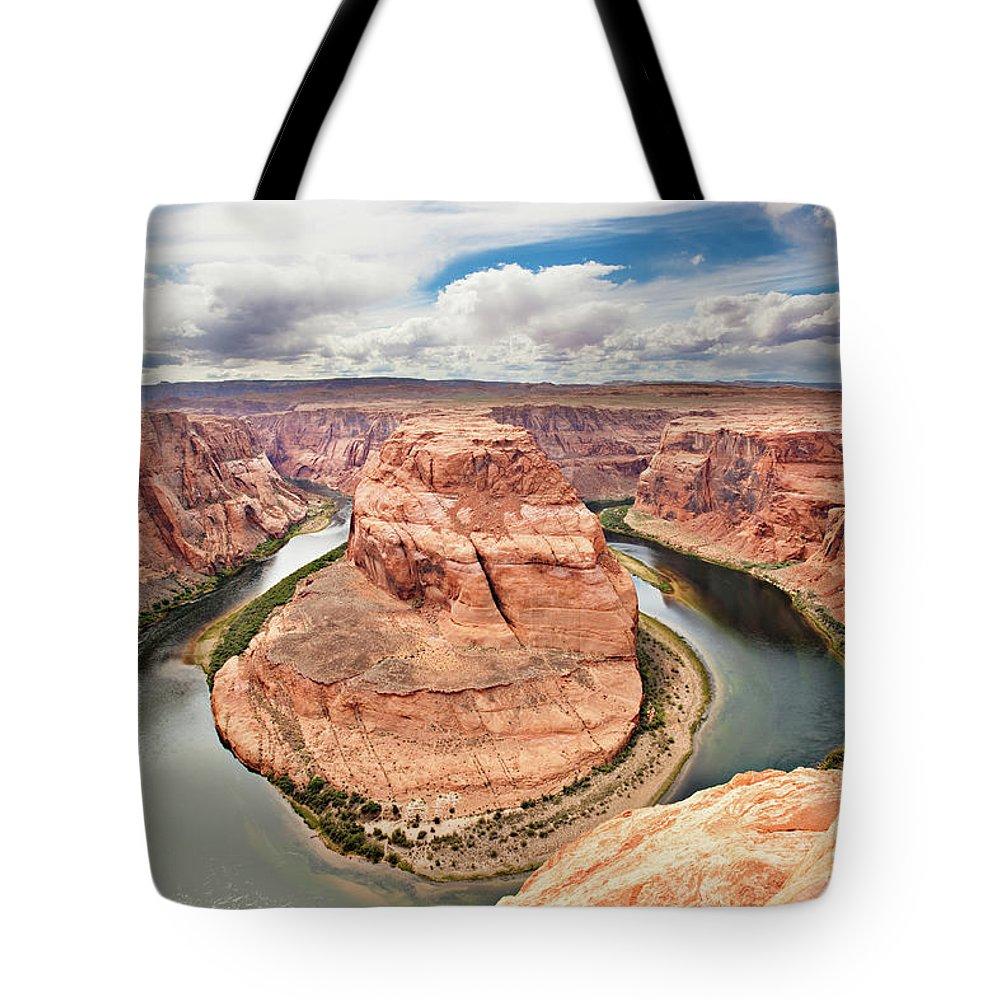 Scenics Tote Bag featuring the photograph Splendid Arizona by Xavierarnau