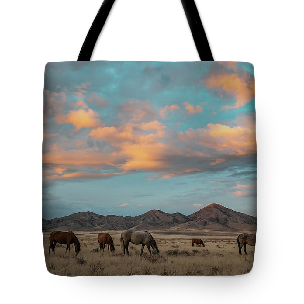 Horse Tote Bag featuring the photograph Sunrise Beauty by Kent Keller