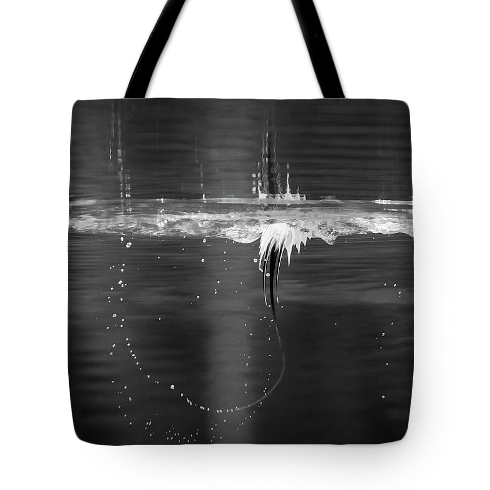 The Art Of A Diving Duck Tote Bag featuring the photograph The Art Of A Diving Duck by Todd Henson