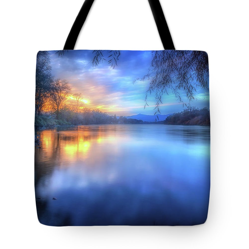 Anderson Tote Bag featuring the photograph The Last Light Sunset On The Sacramento River by Marnie Patchett