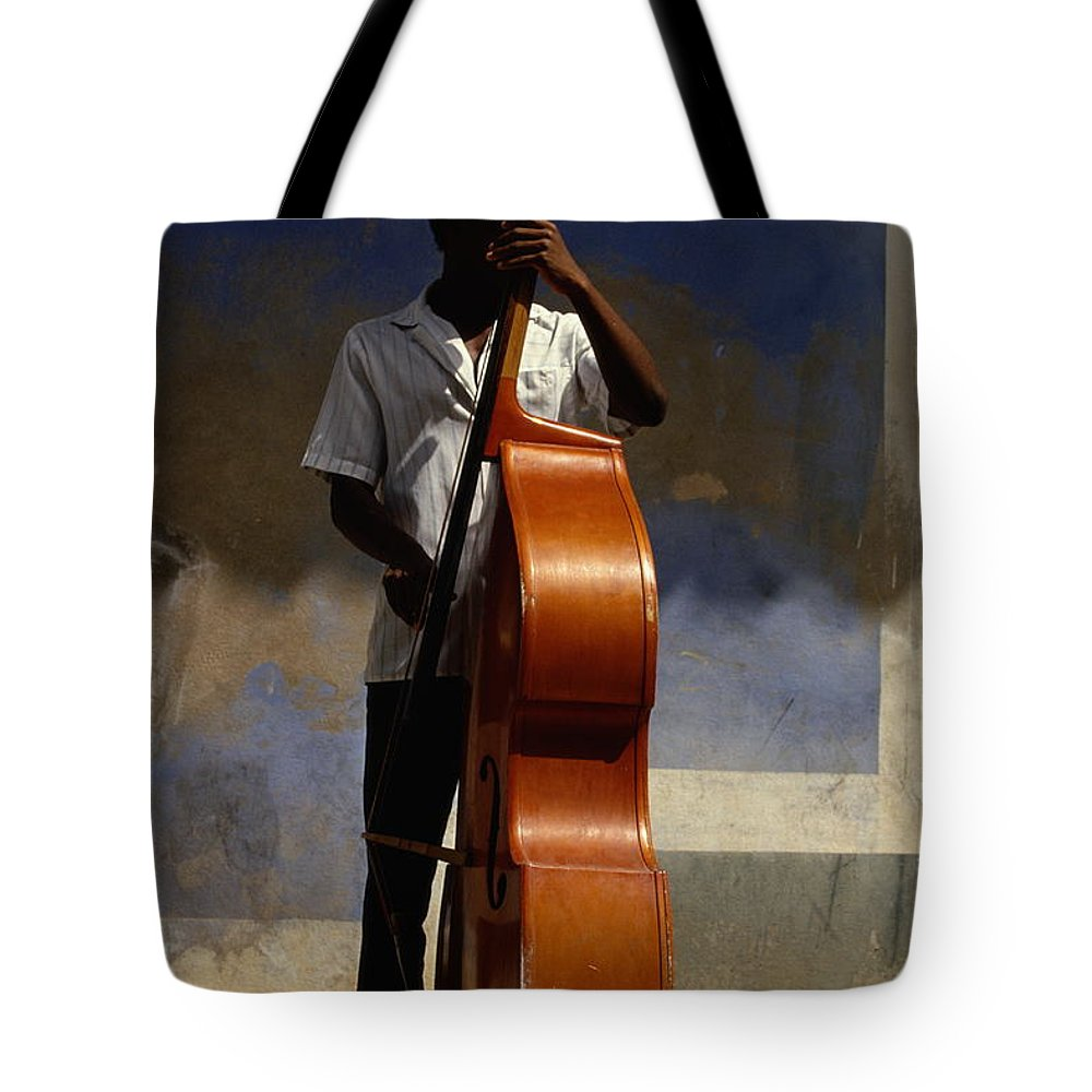 Straw Hat Tote Bag featuring the photograph Trinidad In Cuba by Buena Vista Images