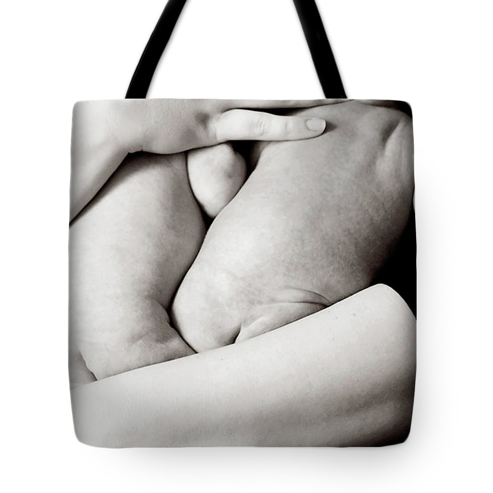 People Tote Bag featuring the photograph Twin Newborns by Jenny Wymore - Sunkissed Photography