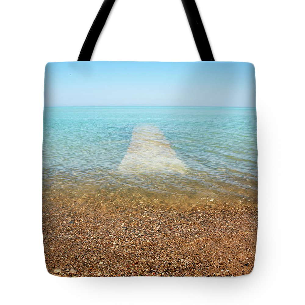 Global Warming Tote Bag featuring the photograph Global Warming by Marilyn Hunt