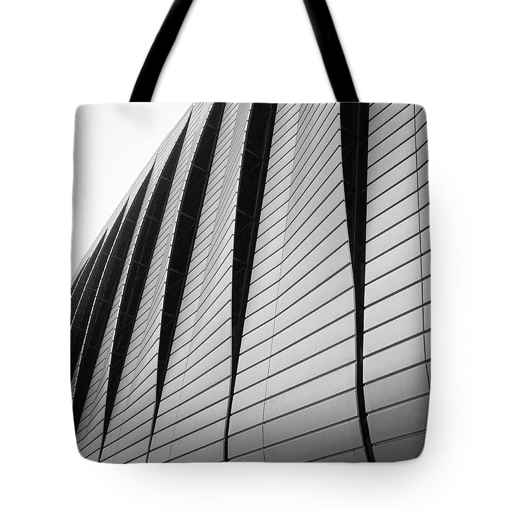 Architecture Tote Bag featuring the photograph Urban Achitecture 2 by Eliza Spatar