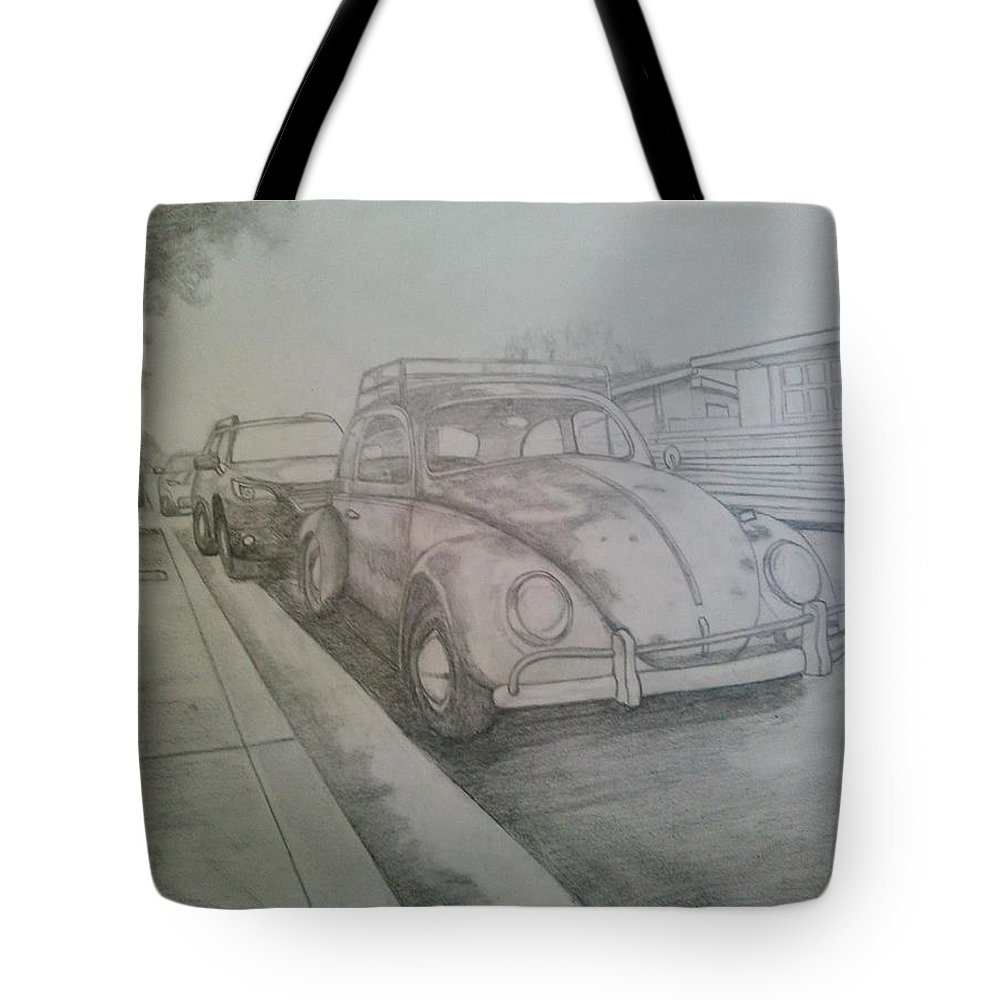 Drawing Of Vw Tote Bag featuring the drawing Vdub by Andrew Johnson