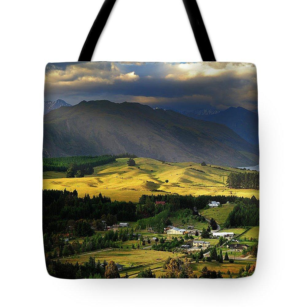 Scenics Tote Bag featuring the photograph Wanaka, New Zealand by Atomiczen