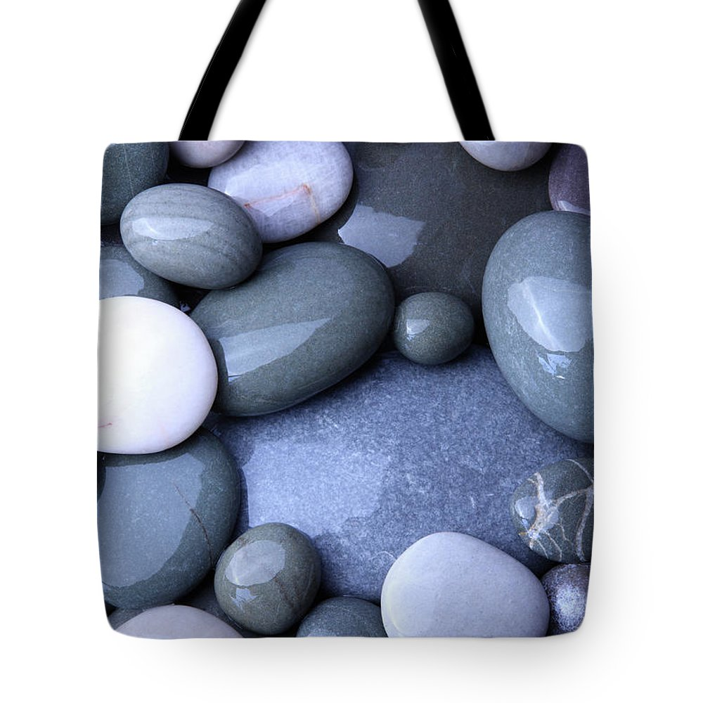 Large Group Of Objects Tote Bag featuring the photograph Wet Granite Pebbles On Beach by Rosemary Calvert