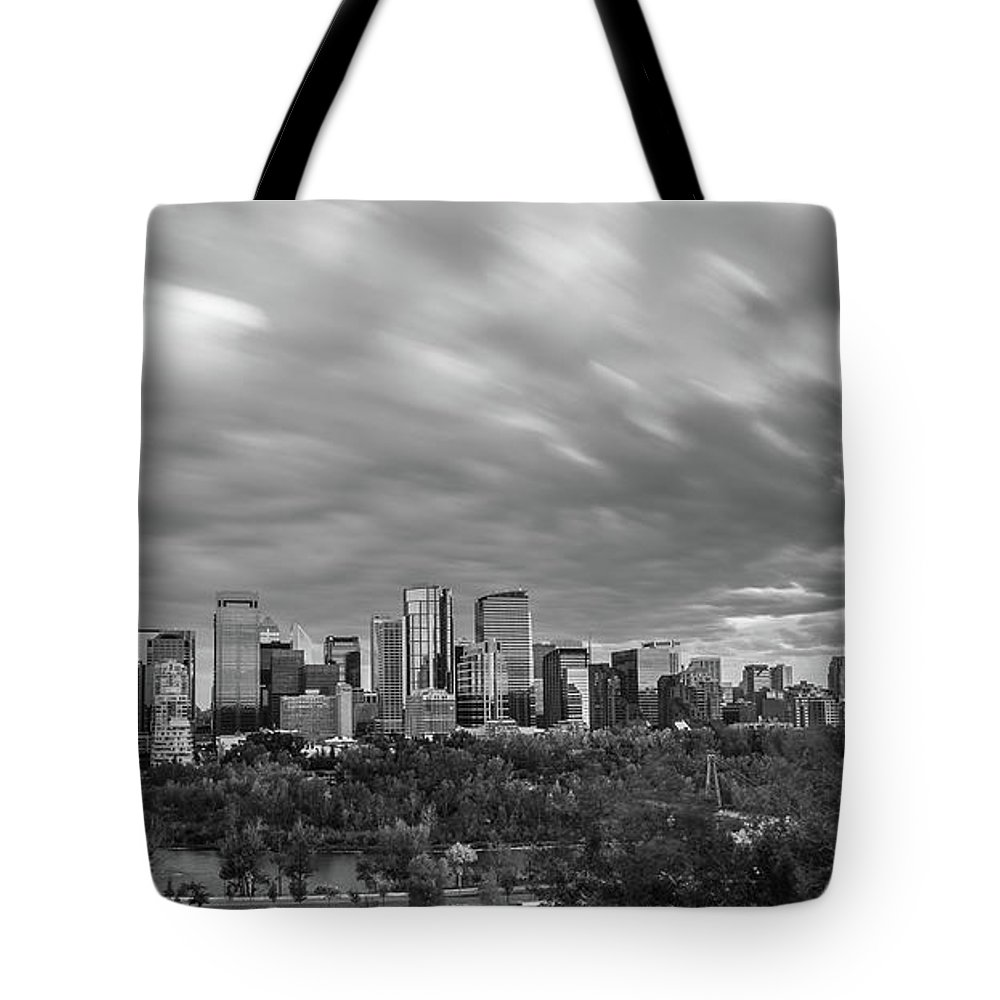 Alberta Tote Bag featuring the photograph Windy Evening Calgary Downtown Bw by Bruno Doddoli
