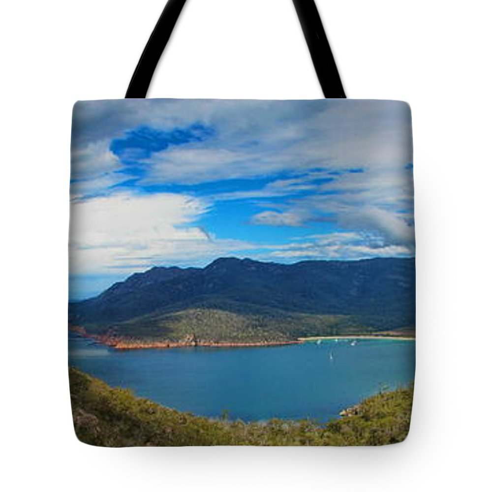 Wineglass Tote Bag featuring the photograph Wineglass Bay by Alexey Dubrovin