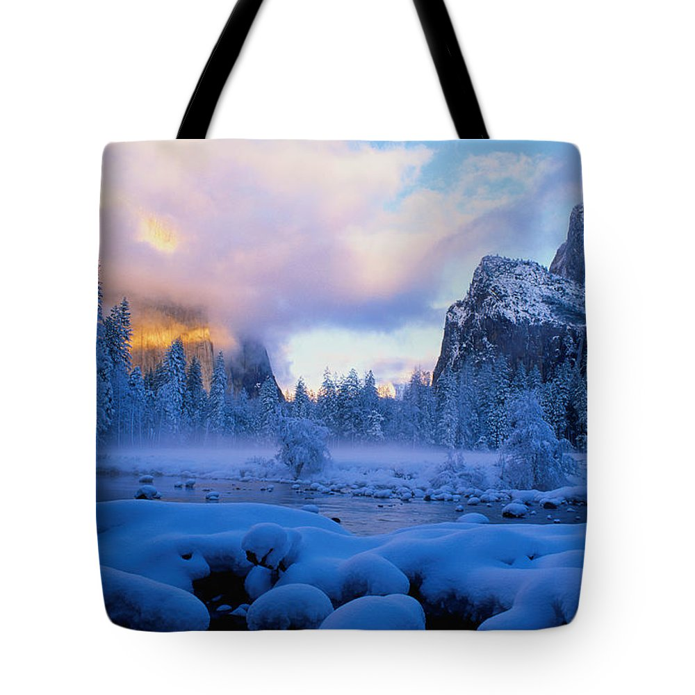 Scenics Tote Bag featuring the photograph Winter Sunset In Yosemite National Park by Larry Brownstein