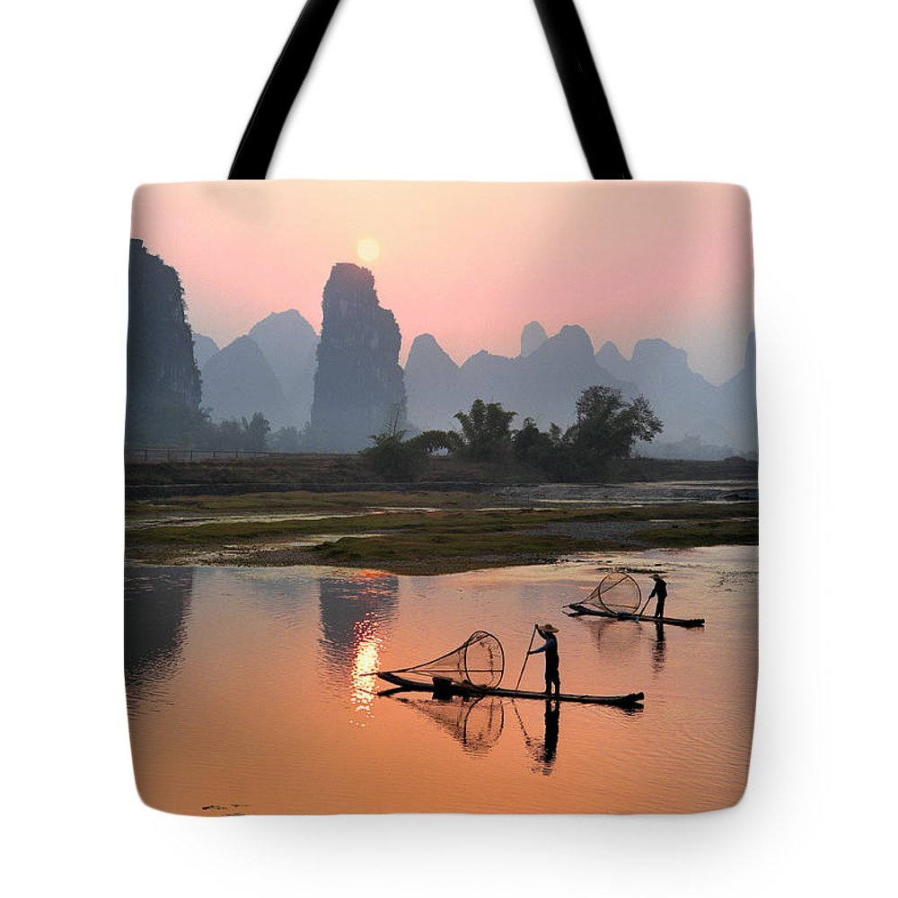 Chinese Culture Tote Bag featuring the photograph Yangshuo Li River At Sunset by Kingwu