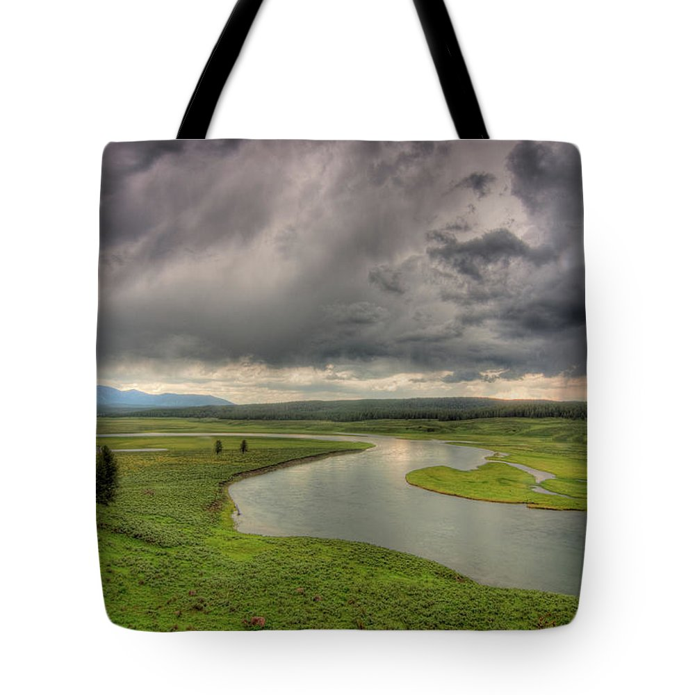 Scenics Tote Bag featuring the photograph Yellowstone River In Hayden Valley by Kevin A Scherer