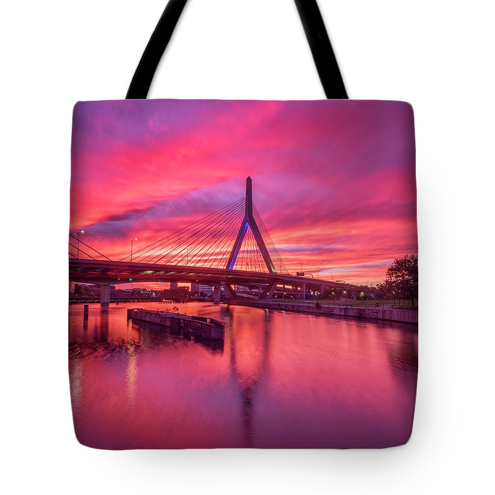 Zakim Bridge Tote Bag featuring the photograph Zakim Bridge Sunset by Rob Davies