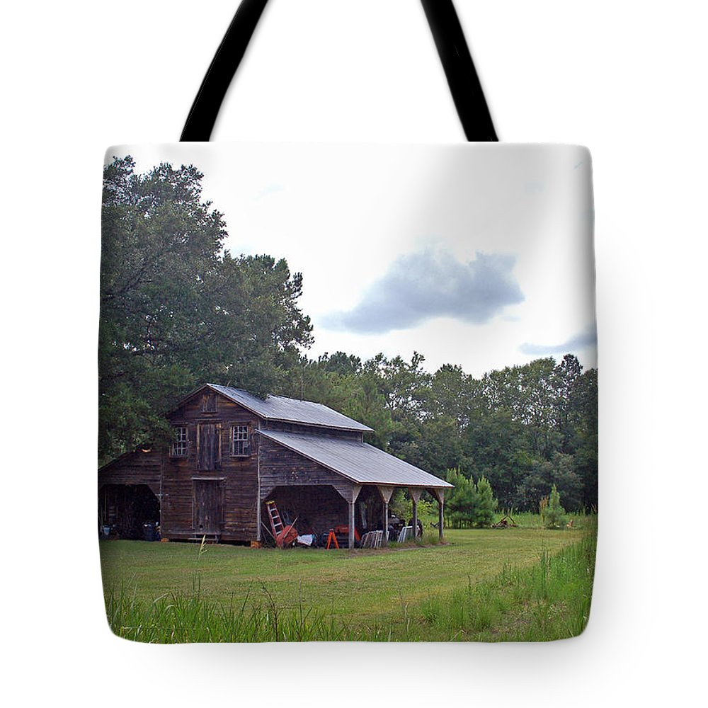 Tobacco Barn Tote Bag featuring the photograph A Simpler Time--Tobacco Barn Series by Suzanne Gaff
