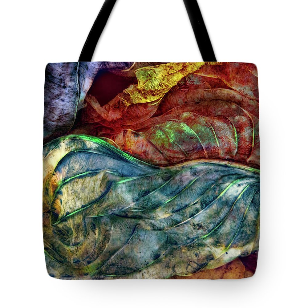 Leaves Tote Bag featuring the photograph Dream Land by Marilyn Cornwell