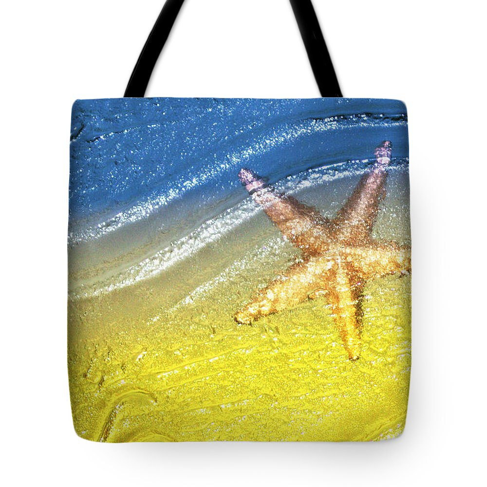 Starfish Tote Bag featuring the photograph Going With the Flow by Holly Kempe