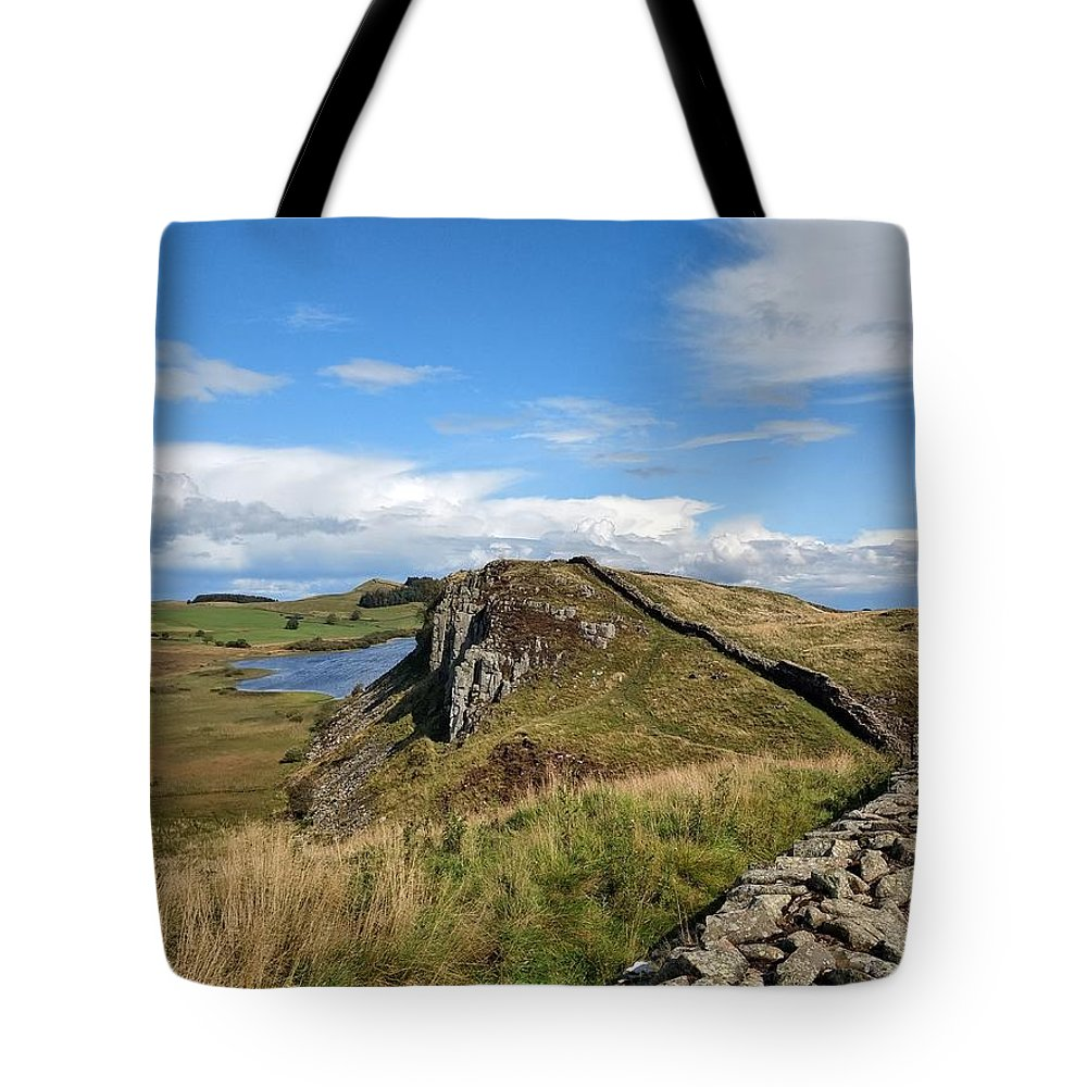 Landscape Tote Bag featuring the photograph Hadrianswall by Pop