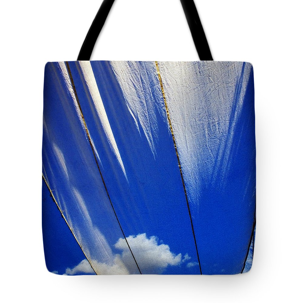 Heavenly Tote Bag featuring the photograph Heaven by Skip Hunt