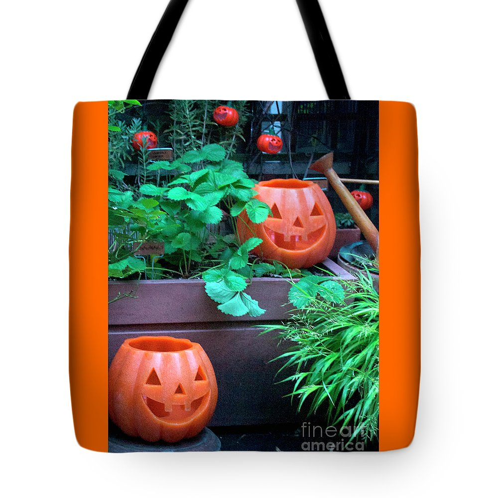 Halloween Tote Bag featuring the photograph Laughing Jackolanterns by Patricia Youngquist