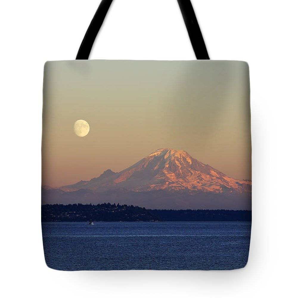 Mounts Bay Tote Bags