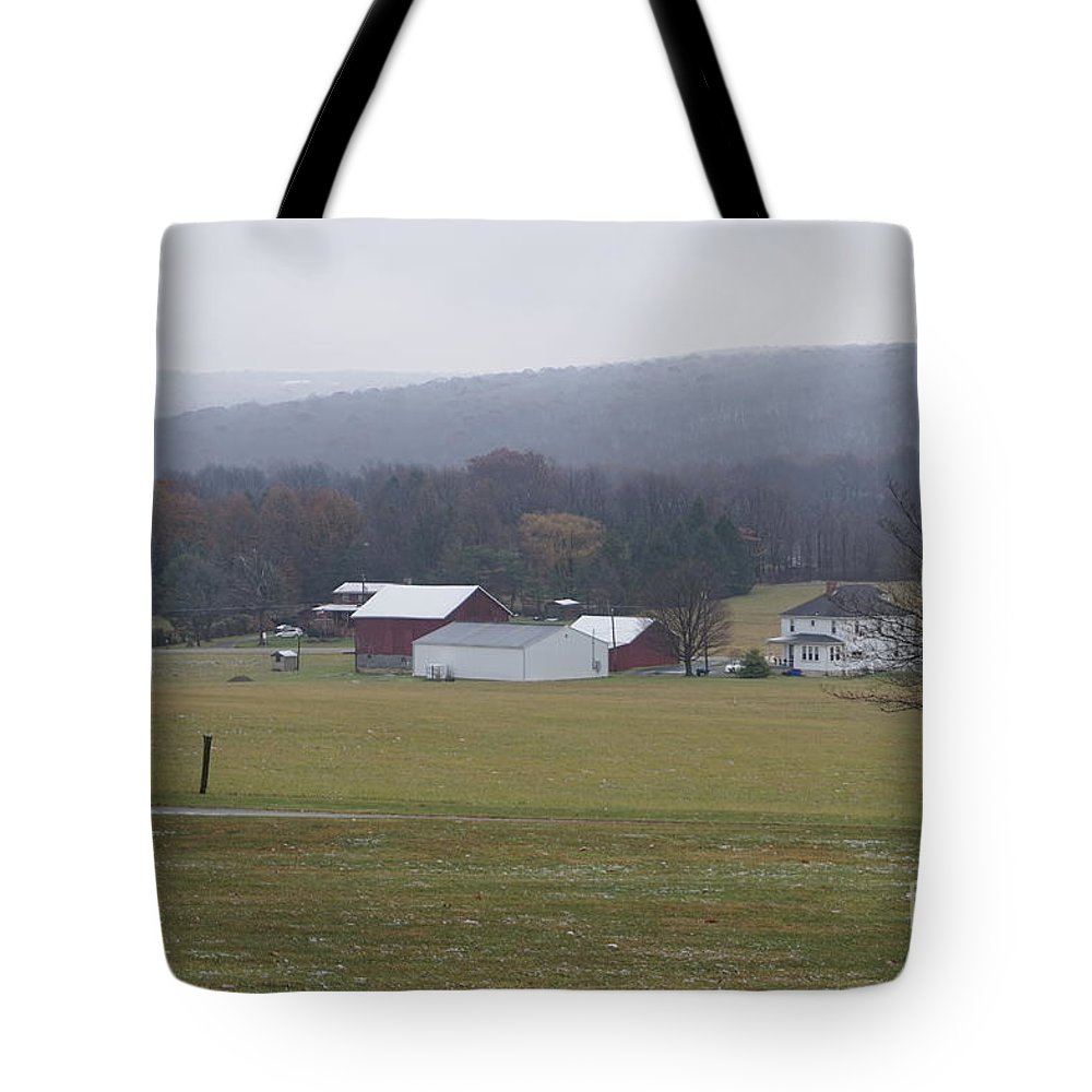 Old Farm Tote Bag featuring the photograph Tattiebogle Late Fall by Chris Naggy