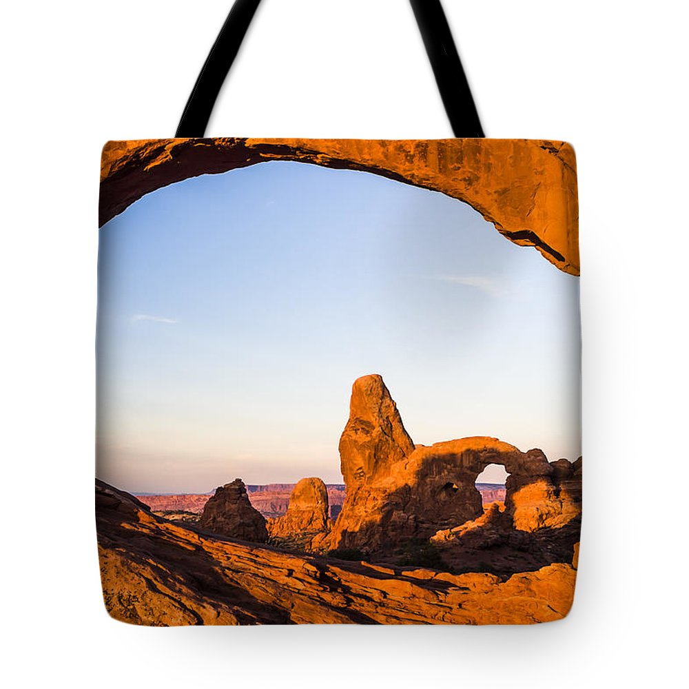3scape Tote Bag featuring the photograph Turret Arch at Sunrise by Adam Romanowicz