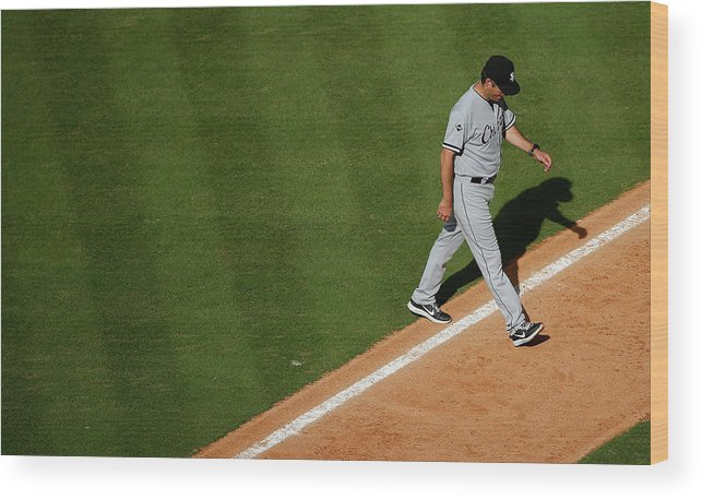 Robin Ventura Wood Print featuring the photograph Chicago White Sox V Houston Astros 3 by Scott Halleran