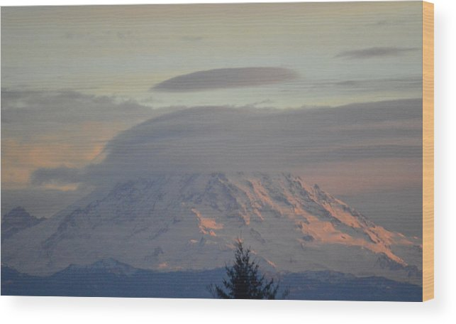 Mt Ranier Wood Print featuring the photograph Mt Ranier by Brian Standley