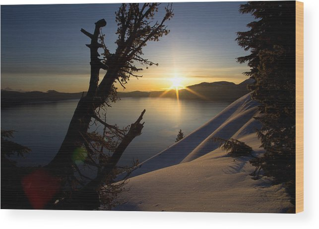 Sunrise Wood Print featuring the photograph My Day Begins. by Grant Petras