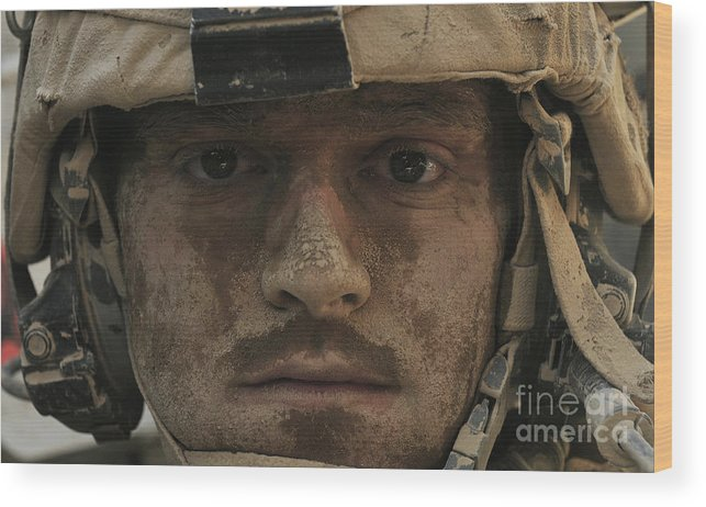 Soldier Wood Print featuring the photograph U.s. Army Infantryman by Stocktrek Images