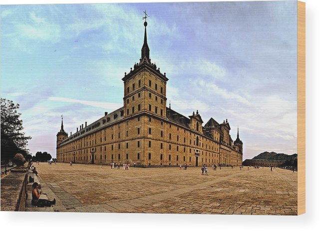 Escorial Wood Print featuring the photograph The Great Escorial by Photo Proyectolabs