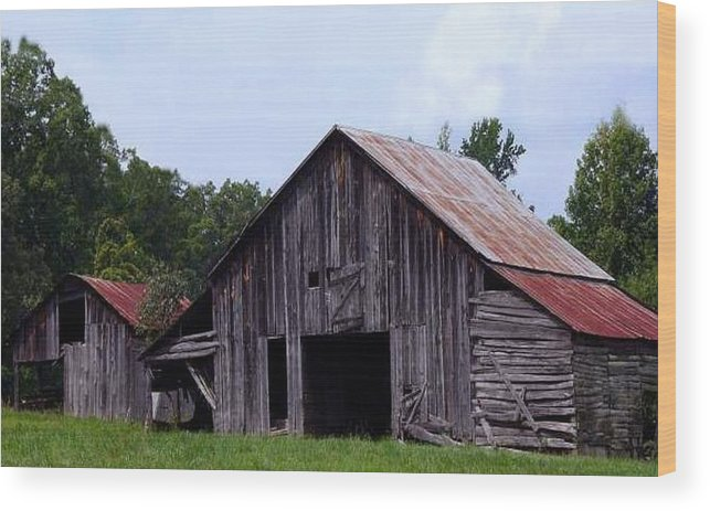 Barn Wood Print featuring the photograph Old Barn by Kenna Westerman