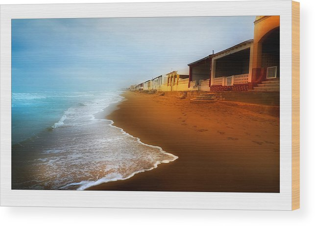 Beach Wood Print featuring the photograph Spanish Beach Chalets by Mal Bray