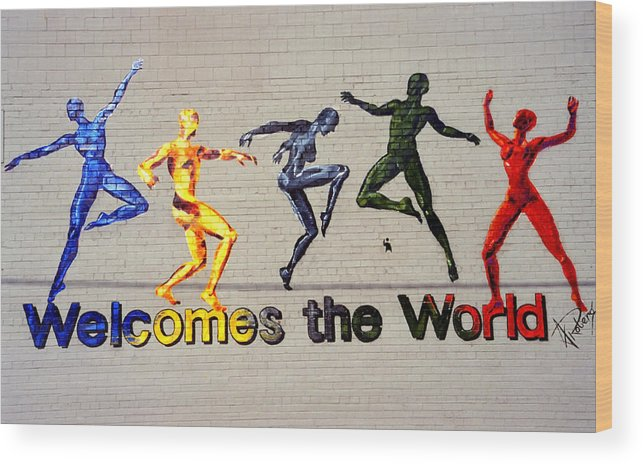 Art Wood Print featuring the photograph Welcomes The World Mural by Steve Ohlsen