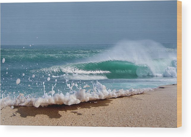 Sea Wood Print featuring the photograph Glitter Foam by Sean Davey