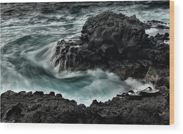 Ocean Wood Print featuring the photograph Final Swim by Carl Bostek