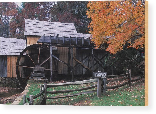 Waterwheel Wood Print featuring the photograph Old Mill In Virginia by Carl Purcell