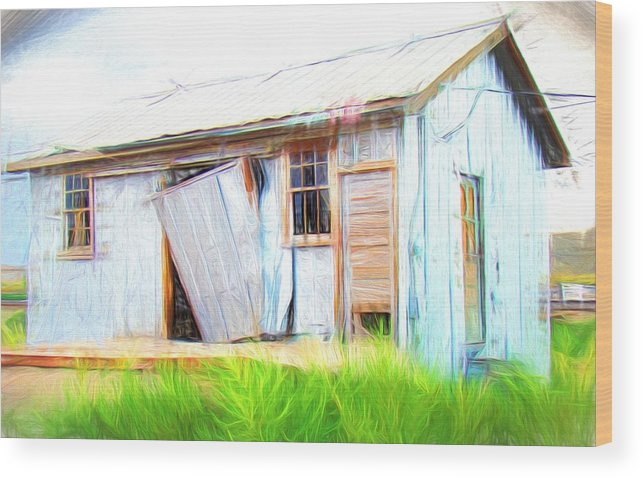 Green River Wood Print featuring the photograph Green River Shack by Alice Gipson