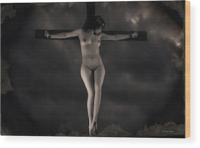 Crucifixion Wood Print featuring the photograph Vintage Crucifixion by Ramon Martinez