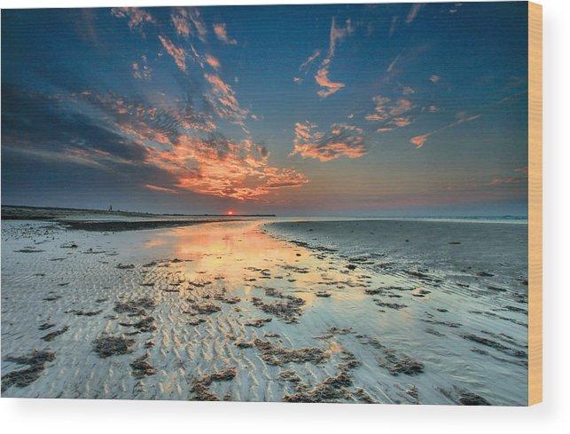 Al Hamra Wood Print featuring the photograph Al Hamra Sunset by Robert Aycock