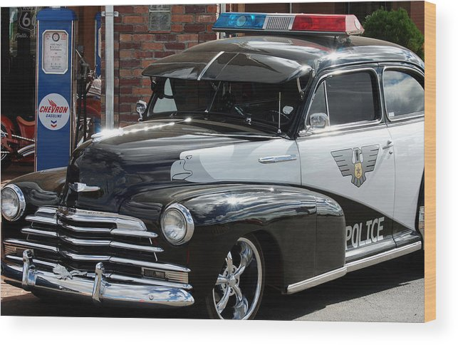 Police Wood Print featuring the photograph Cool Heat On The Street by Lorenzo Williams