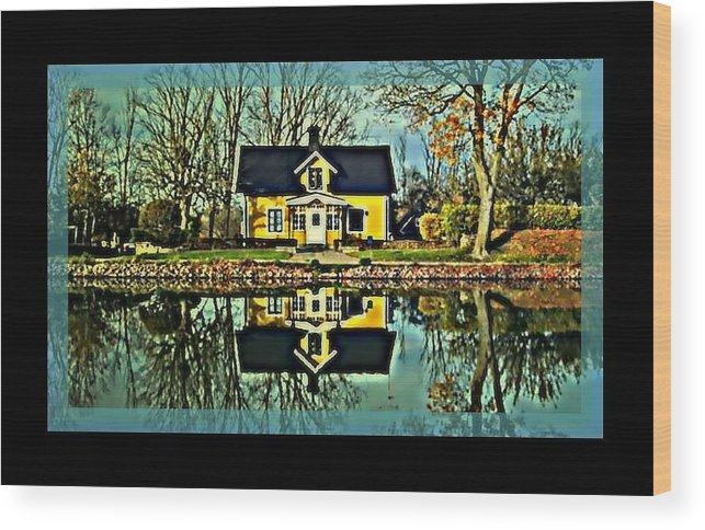Wood Print featuring the digital art Dreamy Home by Tracie Howard