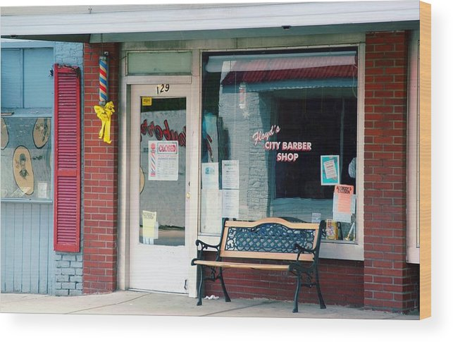 Floyd's Barber Shop Mt. Airy Wood Print featuring the photograph Floyd's Barber Shop Nc by Bob Pardue
