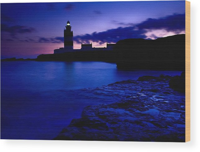 Beacon Wood Print featuring the photograph Lighthouse Beacon At Night by Gareth McCormack