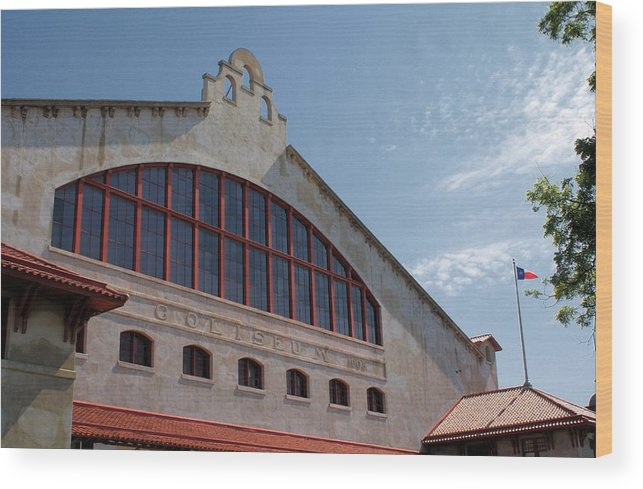 Photography Wood Print featuring the photograph Stockyards Coliseum by Lynnette Johns