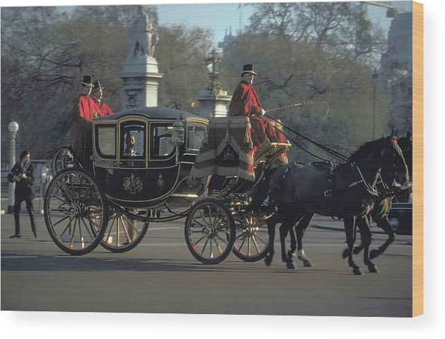 Royal Carriage Wood Print featuring the photograph Royal Carriage In London by Carl Purcell