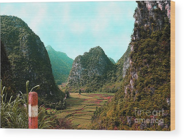 Landscape Wood Print featuring the photograph Hidden Valley by Dot Xie