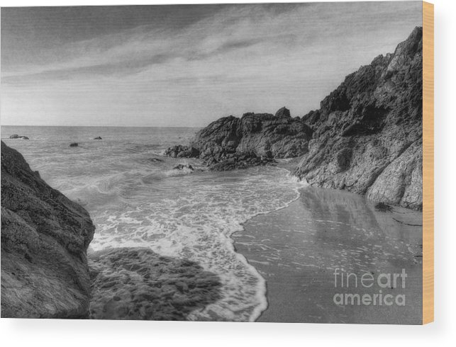 Sea Wood Print featuring the photograph Ocean Rush by Ian Mitchell
